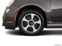 2019 FIAT 500e Front Drivers side wheel at profile