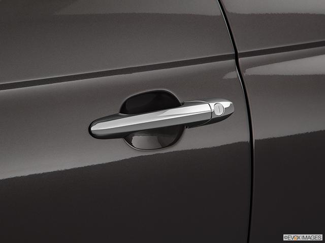 2019 FIAT 500e Drivers Side Door handle