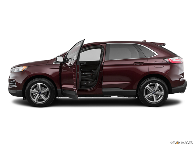2019 Ford Edge Driver's side profile with drivers side door open