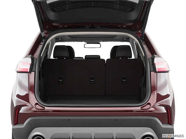 2019 Ford Edge Trunk open