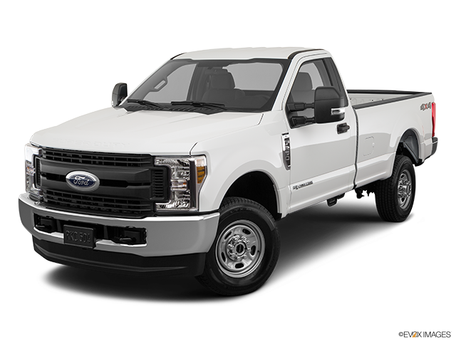 2019 Ford F-250 Super Duty Front angle view