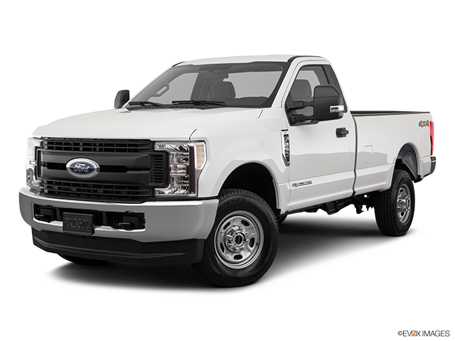 2019 Ford F-250 Super Duty Front angle medium view