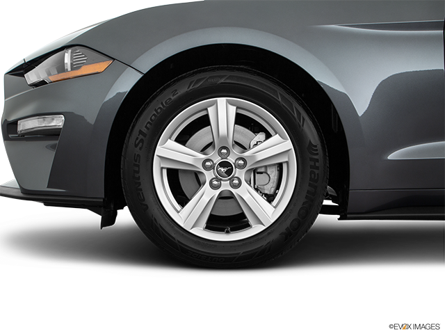 2019 Ford Mustang Front Drivers side wheel at profile