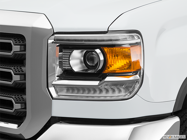 2019 GMC Sierra 2500HD Drivers Side Headlight