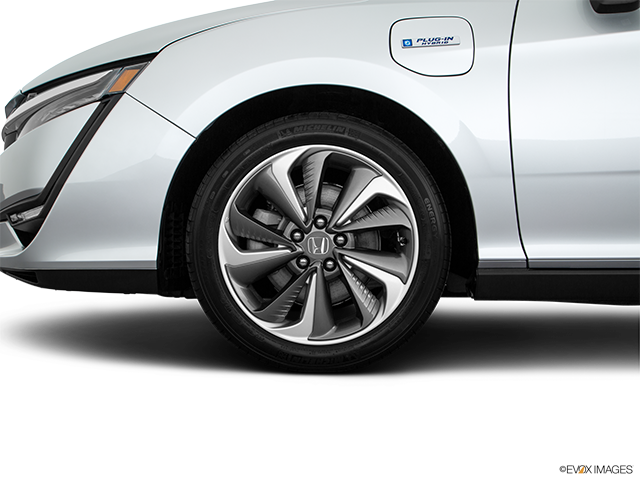 2019 Honda Clarity Plug-In Hybrid Front Drivers side wheel at profile