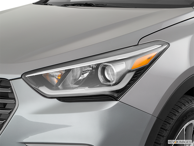2019 Hyundai Santa Fe XL Drivers Side Headlight
