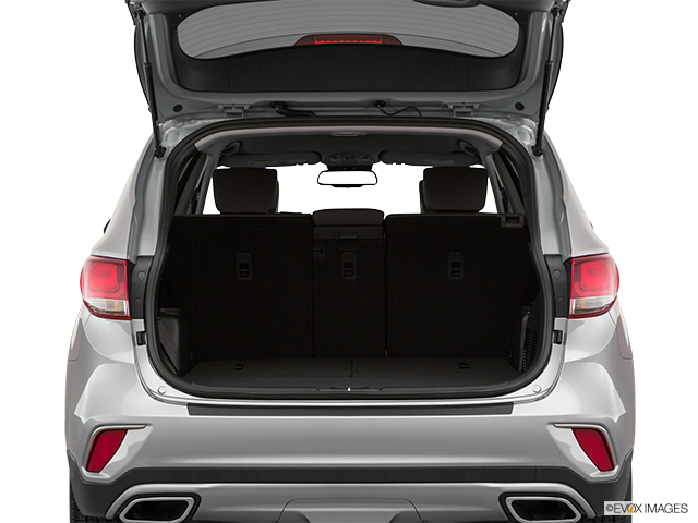 2019 Hyundai Santa Fe XL Trunk open