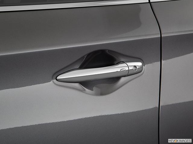 2019 INFINITI QX60 Drivers Side Door handle