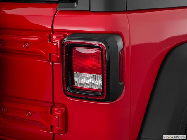 2019 Jeep Wrangler Passenger Side Taillight