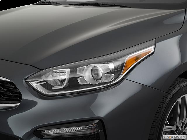 2019 Kia Forte Drivers Side Headlight