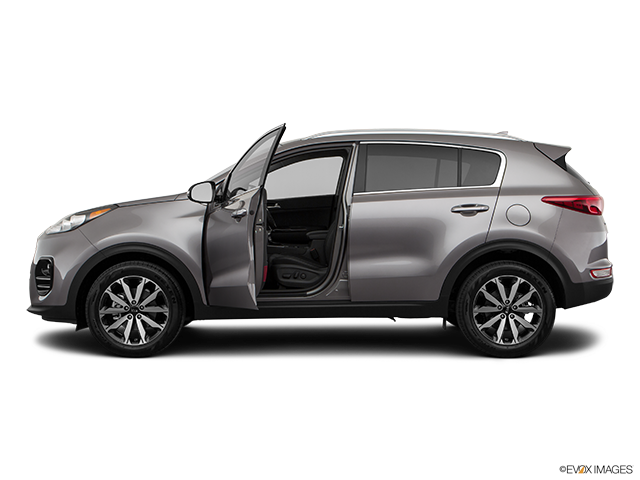 2019 Kia Sportage Driver's side profile with drivers side door open