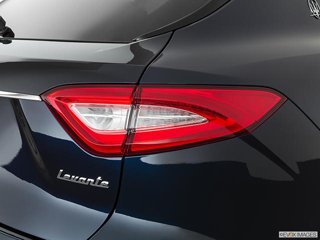 2019 Maserati Levante Passenger Side Taillight