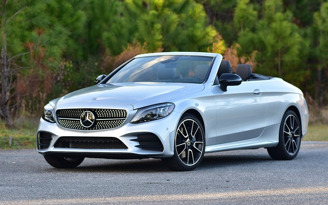 2019 Mercedes-Benz C-Class Review | CARFAX Vehicle Research