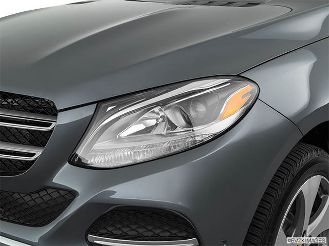 2019 Mercedes-Benz GLE Drivers Side Headlight