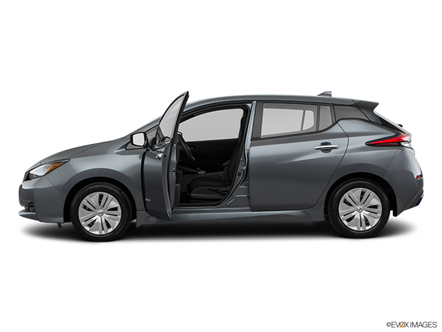 2019 Nissan LEAF Driver's side profile with drivers side door open