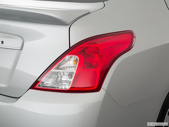 2019 Nissan Versa Passenger Side Taillight