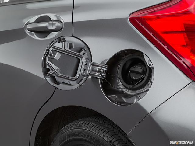 2019 Nissan Versa Note Gas cap open