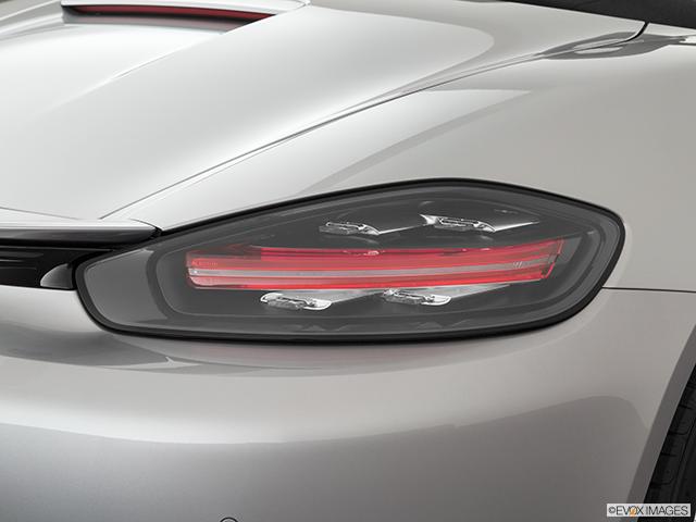 2019 Porsche 718 Boxster Passenger Side Taillight