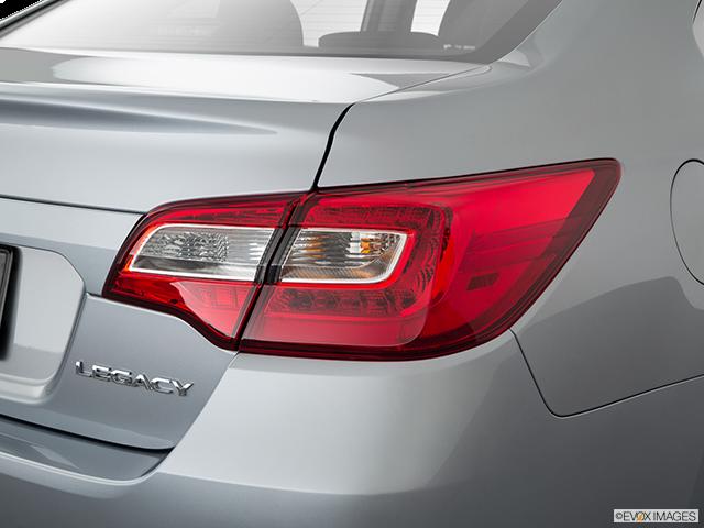 2019 Subaru Legacy Passenger Side Taillight