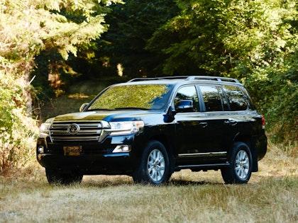 2019 Toyota Land Cruiser photo