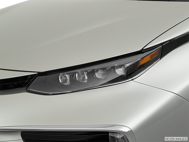 2019 Toyota Mirai Drivers Side Headlight