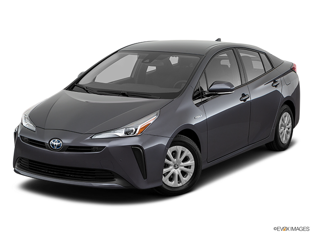 2019 Toyota Prius Front angle view