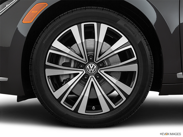 2019 Volkswagen Arteon Front Drivers side wheel at profile
