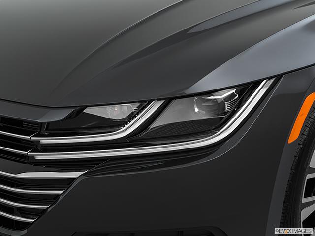 2019 Volkswagen Arteon Drivers Side Headlight