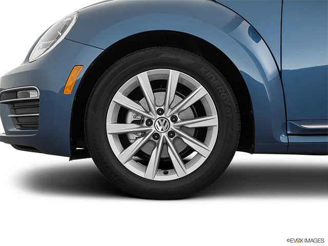 2019 Volkswagen Beetle Front Drivers side wheel at profile