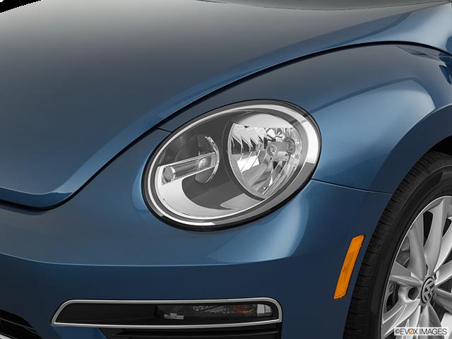 2019 Volkswagen Beetle Drivers Side Headlight