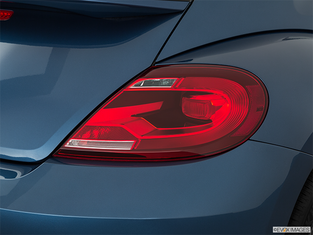 2019 Volkswagen Beetle Passenger Side Taillight