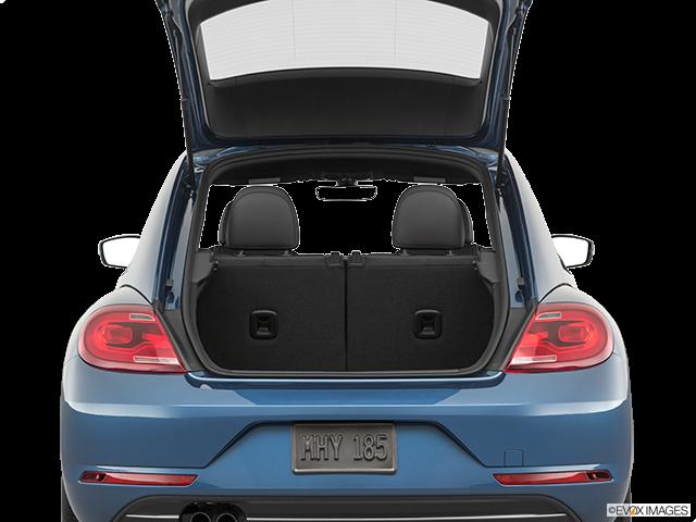 2019 Volkswagen Beetle Trunk open