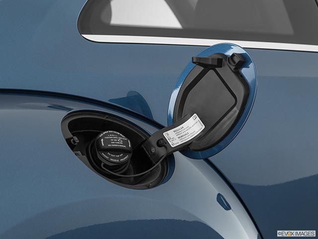 2019 Volkswagen Beetle Gas cap open