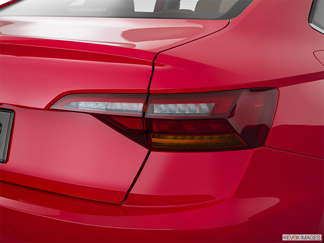 2019 Volkswagen Jetta Passenger Side Taillight