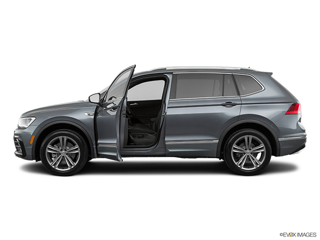 2019 Volkswagen Tiguan Driver's side profile with drivers side door open