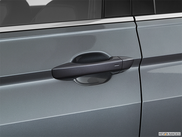 2019 Volkswagen Tiguan Drivers Side Door handle