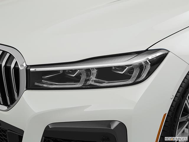 2020 BMW 7 Series Drivers Side Headlight