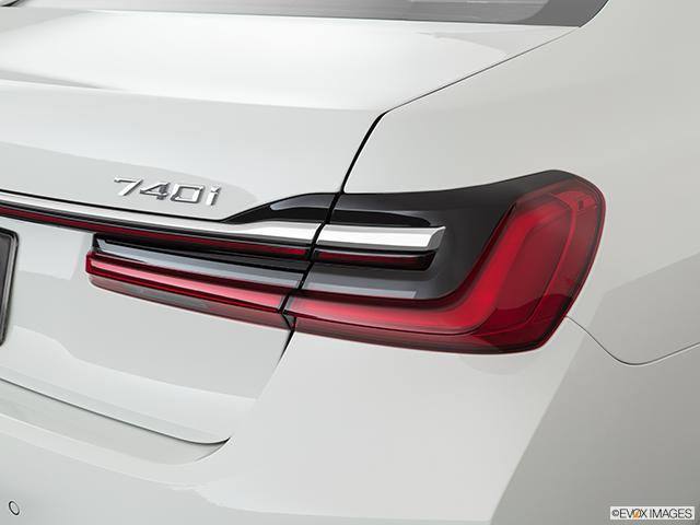 2020 BMW 7 Series Passenger Side Taillight