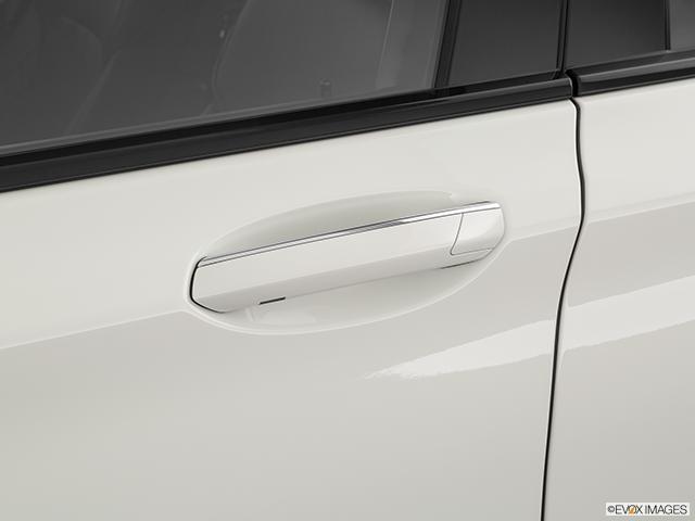 2020 BMW 7 Series Drivers Side Door handle