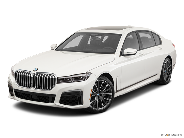 2020 BMW 7 Series Front angle view