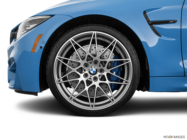 2020 BMW M4 Front Drivers side wheel at profile