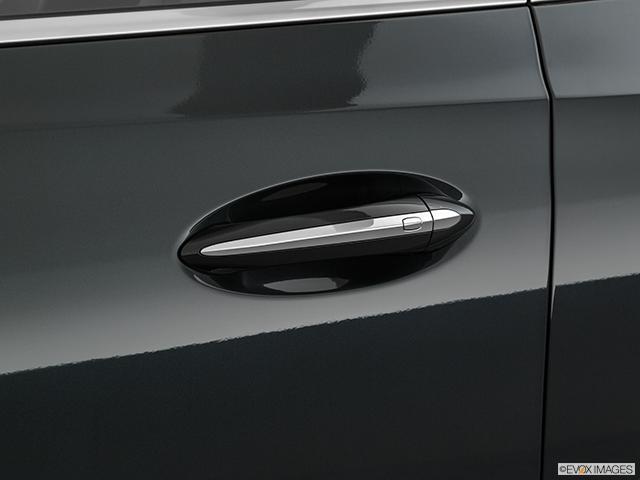 2020 Buick Enclave Drivers Side Door handle