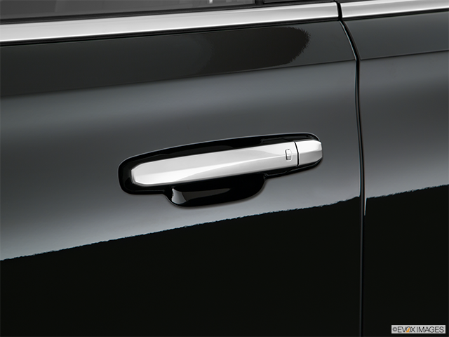 2020 Cadillac Escalade Drivers Side Door handle