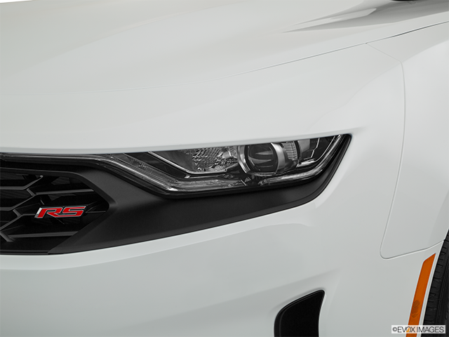 2020 Chevrolet Camaro Drivers Side Headlight