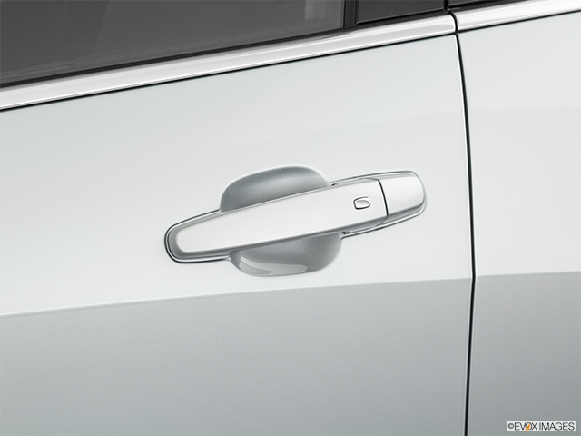 2020 Chevrolet Malibu Drivers Side Door handle