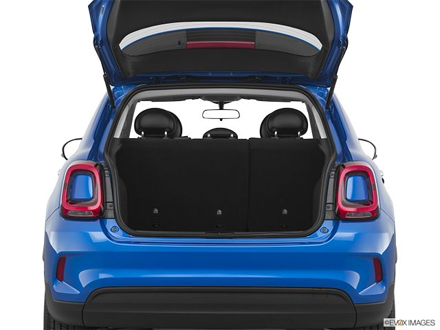 2020 FIAT 500X Trunk open