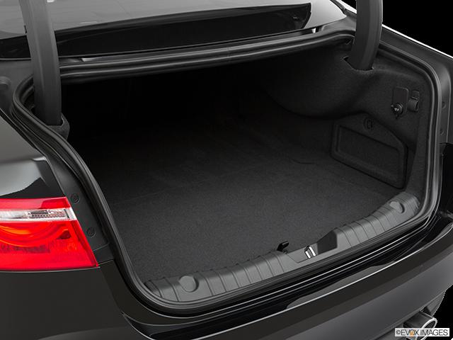 2020 Jaguar XF Trunk open