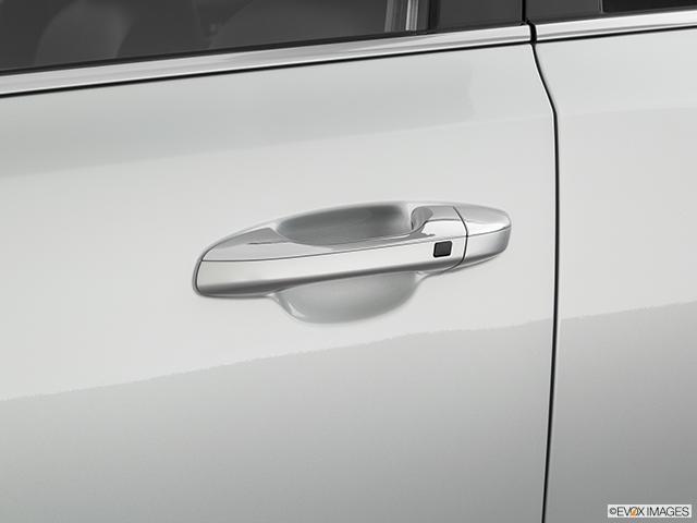 2020 Kia Sportage Drivers Side Door handle