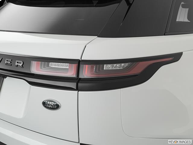 2020 Land Rover Range Rover Velar Passenger Side Taillight