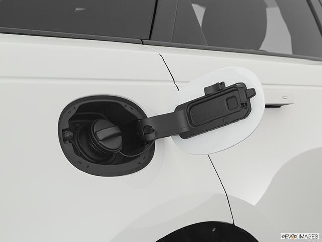 2020 Land Rover Range Rover Velar Gas cap open
